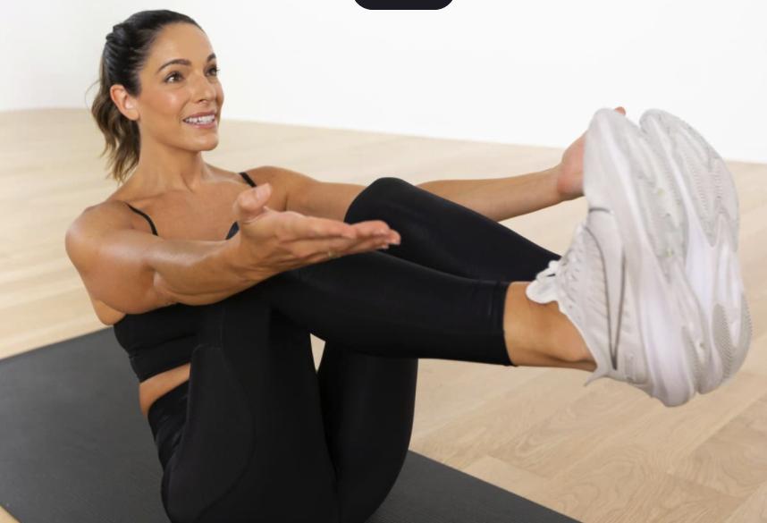 Glo online Pilates class